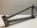 "Federal Stevie Churchill Frame 20.6""(Polished Raw)"