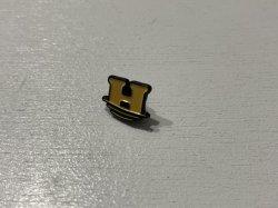 画像1: Help Sinking H Enamel Pin