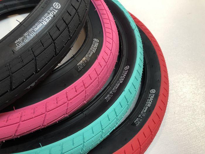 Pink//Black 20 Salt Tracer Tyre